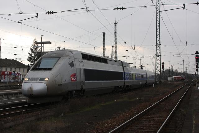 4408 Einfahrt Karlsruhe Hbf