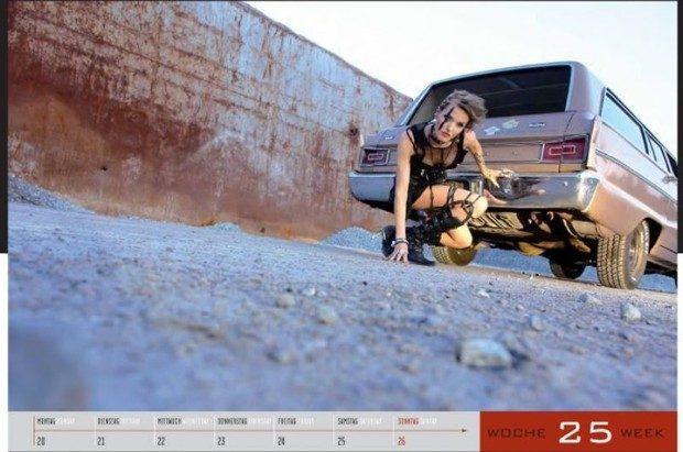 Dziewczyny i legendarne auta USA w jednym kalendarzu :) 13