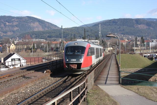 5022 030-8 bei Sonne Villach Draubrücke
