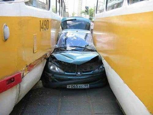 Wypadki samochodowe 20