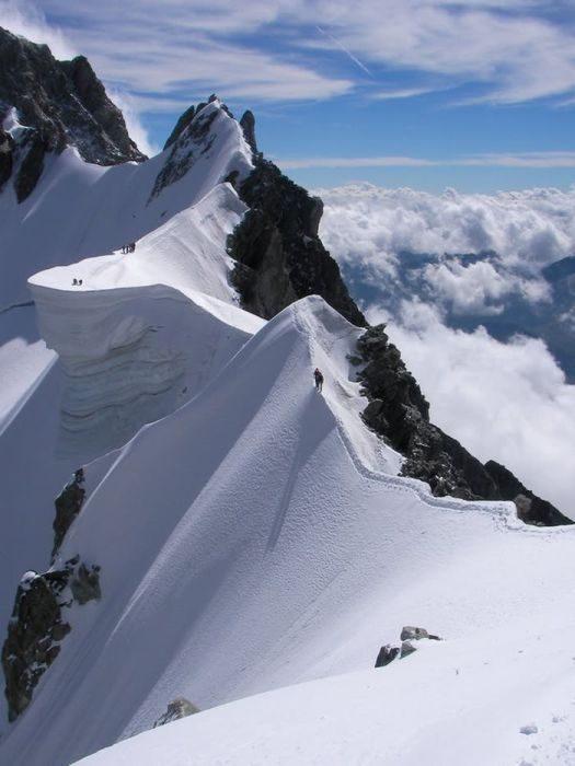 Góry w zimowej scenerii 1