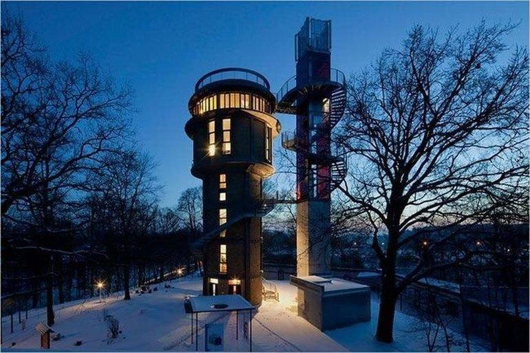 Dom w wieży ciśnień #2 1