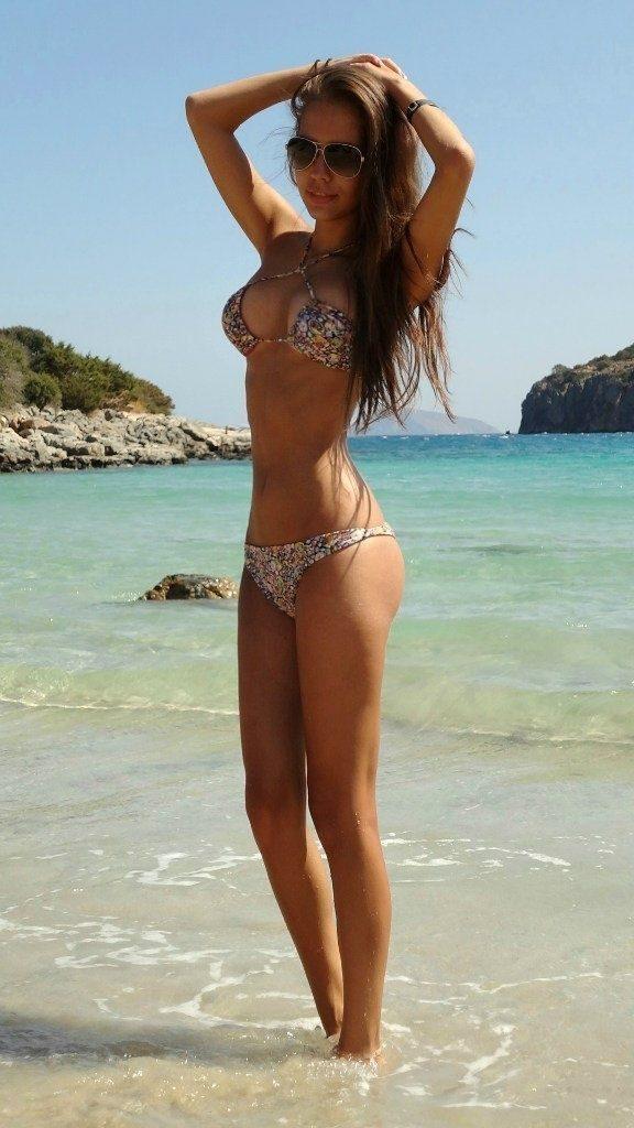 Dziewczyny w bikini #4 17