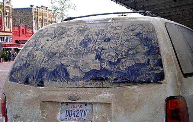 Obrazy na brudnych samochodach 12