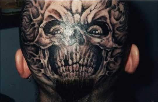 Odważne tatuaże 18