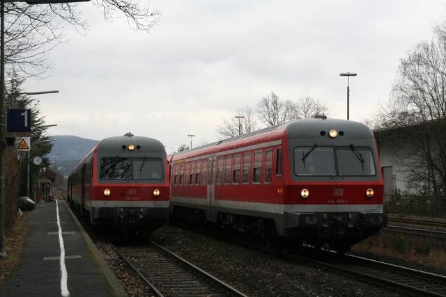 614 069.3 + 614 041-2 Neunkirchen a Sand