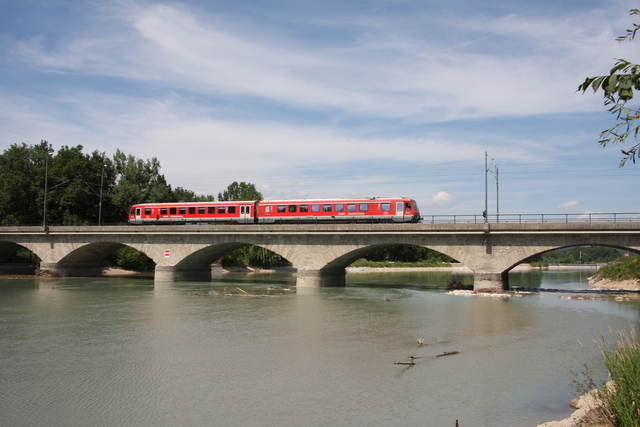 628 424-3 Salzburg Saalachbrücke
