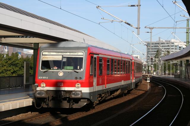 628 651-2 Einfahrt Berlin Ostbahnhof