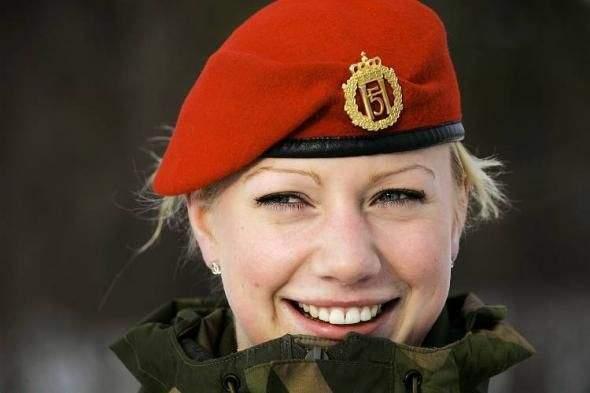 Dziewczyny w armii 43