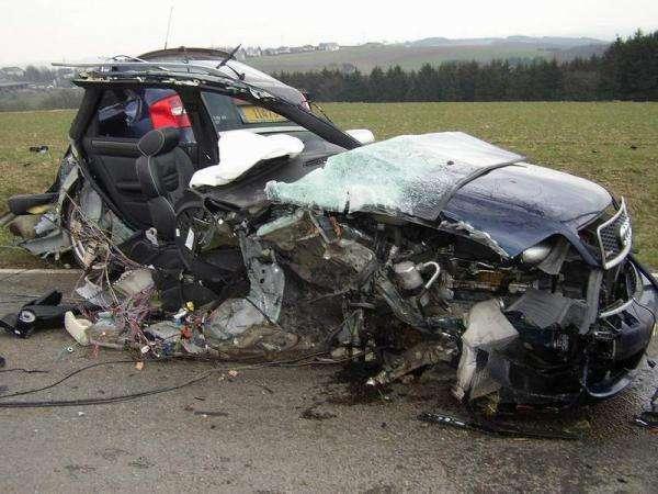 Wypadki samochodowe 38