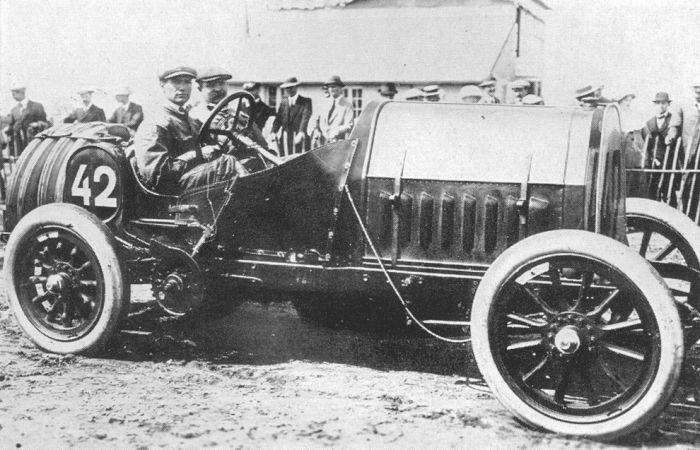 Pierwsze wyścigi samochodowe 34
