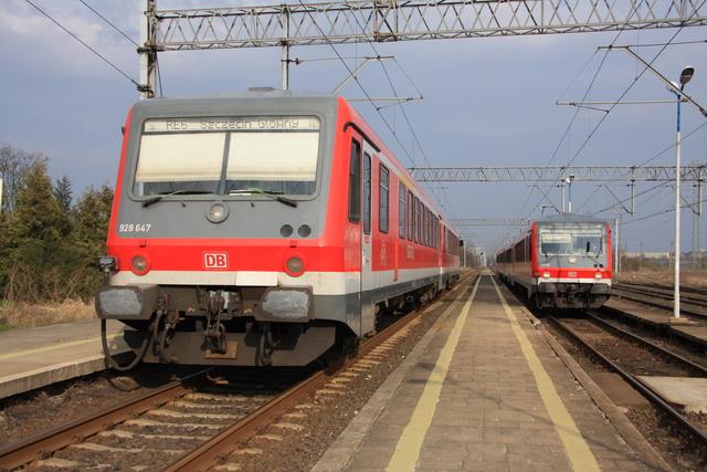 928 647 + 928 641 Szczecin Gumience