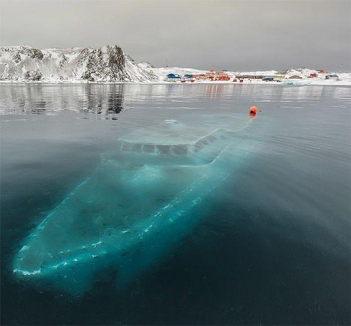 Opuszczone miejsca na Antarktydzie 16