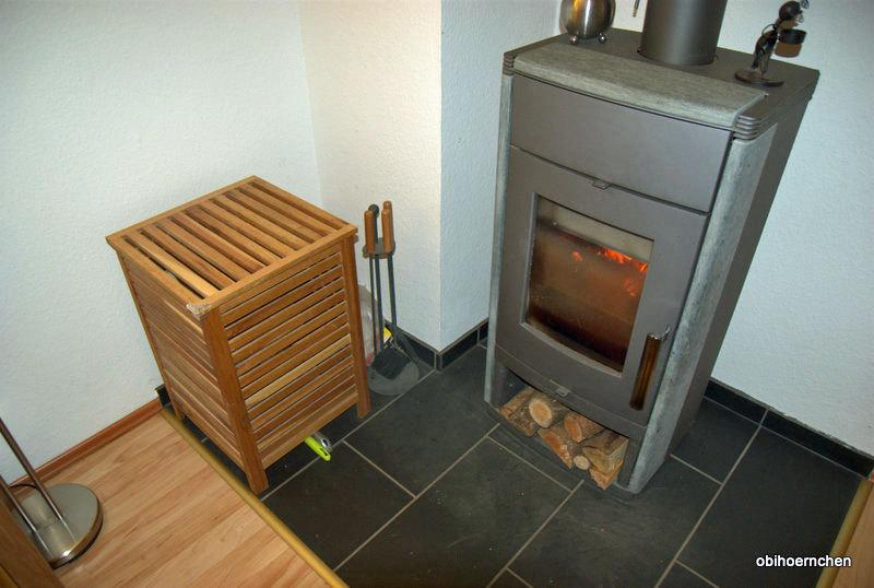holzlagerung im wohnzimmer wie macht ihr das. Black Bedroom Furniture Sets. Home Design Ideas
