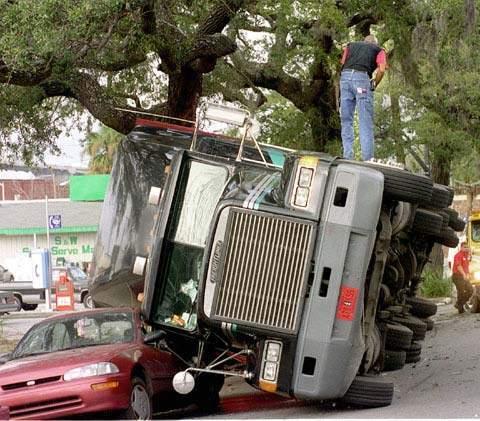 Wypadki ciężarówek 31