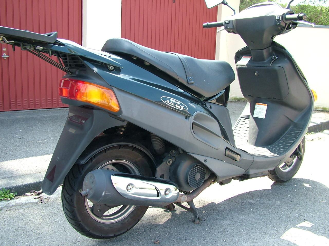 suzuki an 125 125er roller 125ccm scooter t v neu vgl. Black Bedroom Furniture Sets. Home Design Ideas