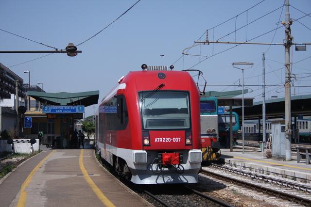 ATR220-007 Bari Centrale