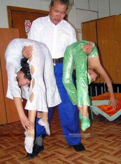 Trening chińskich gimnastyczek 25