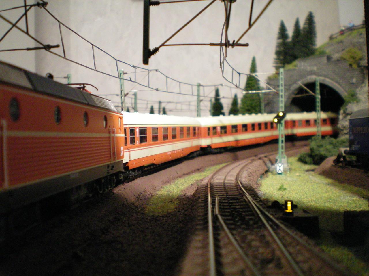 ÖBB Schnellzugwagen Bbzug007r8ztl
