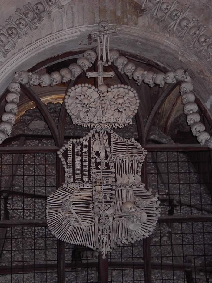 Kaplica Czaszek w Kutnej Horze 36