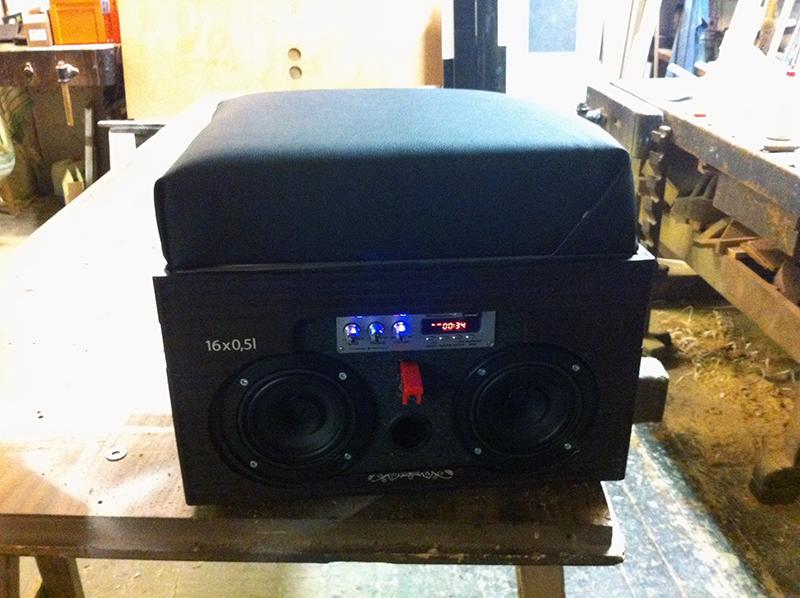 musikbox bierkistenradio. Black Bedroom Furniture Sets. Home Design Ideas