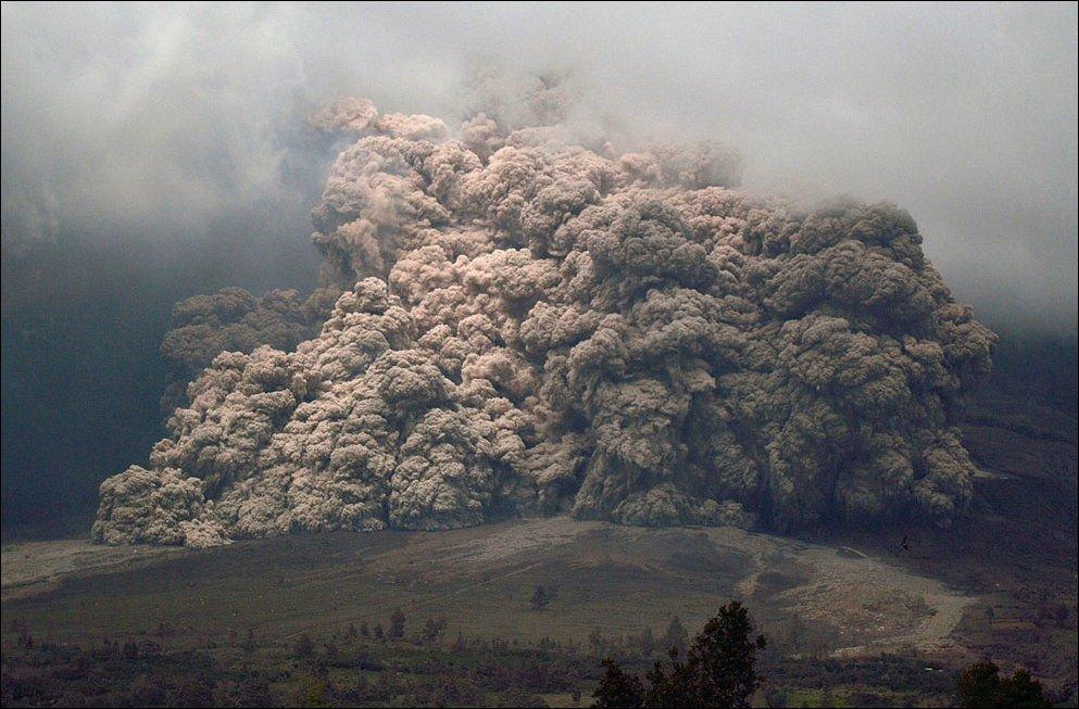 Erupcja wulkanu Sinabung 8