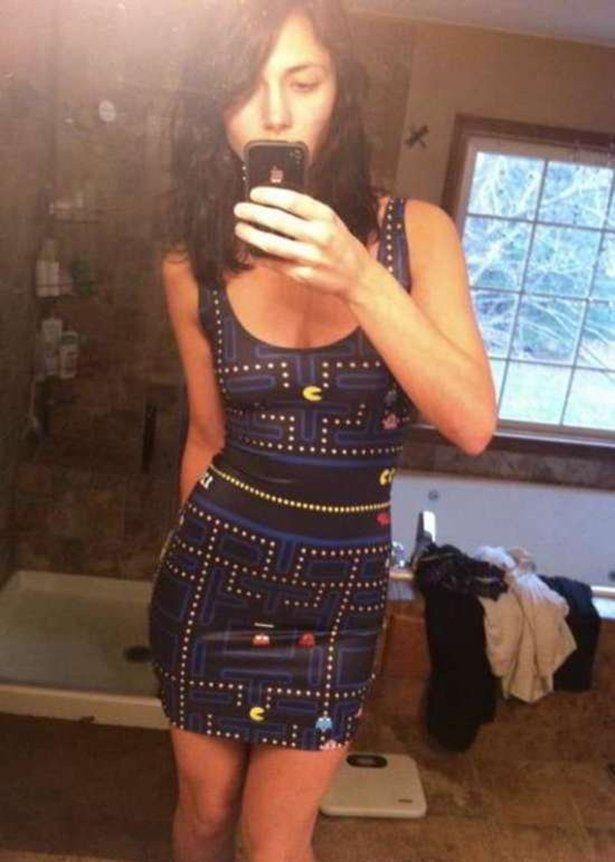 Obcisłe sukienki #32 24