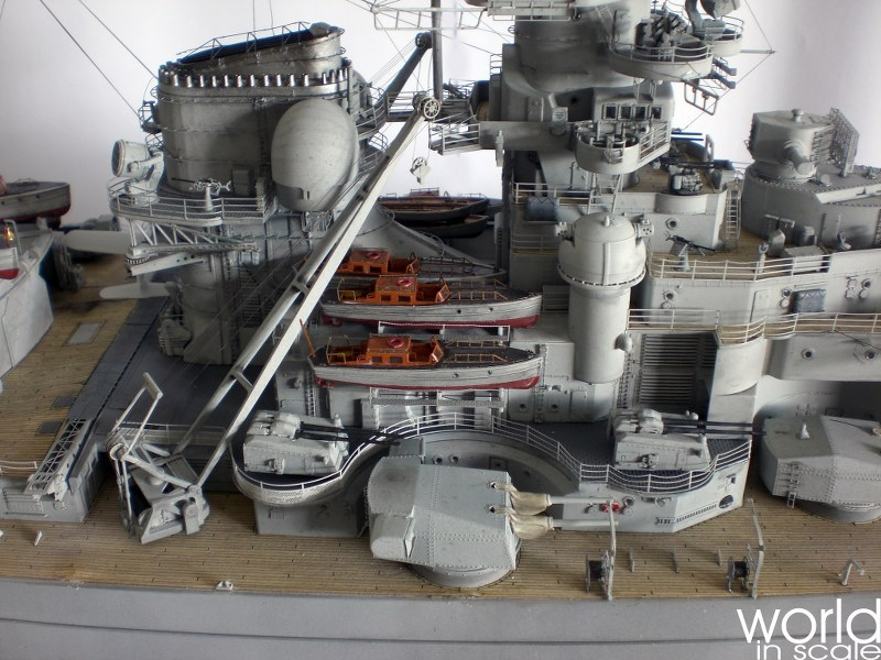 Schlachtschiff BISMARCK - 1/200 v. Trumpeter, MK.1 Design, uvm. - Seite 12 Cimg1352_800x600fnunc