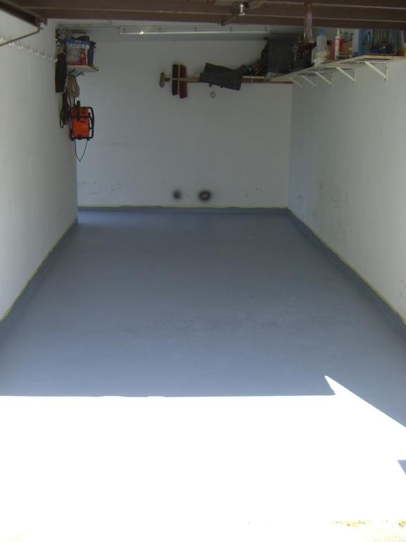 garagenboden lfest streichen seite 2 biker stammtisch. Black Bedroom Furniture Sets. Home Design Ideas