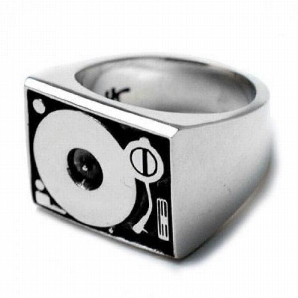 Nietypowe pierścionki 26