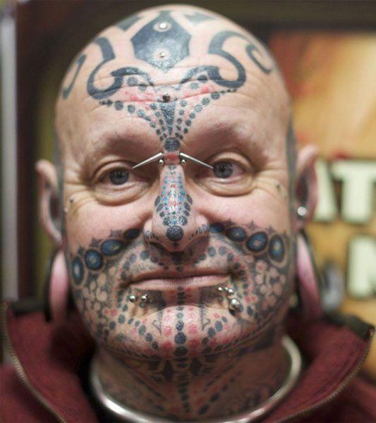 Tatuaże na twarzy 10