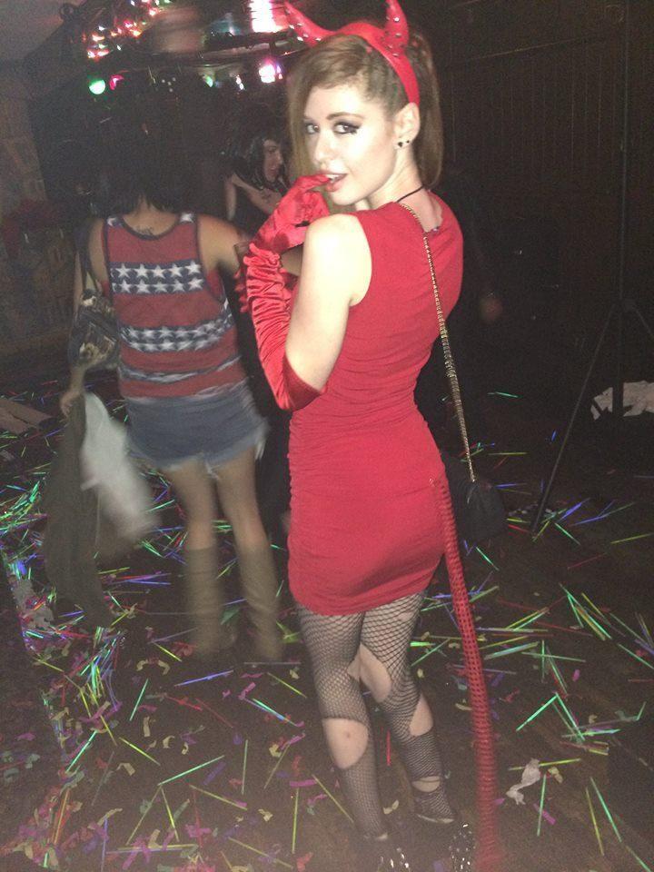 Obcisłe sukienki #31 3