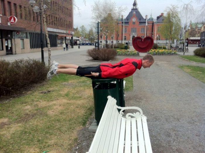 Planking - zabawa w leżenie 83