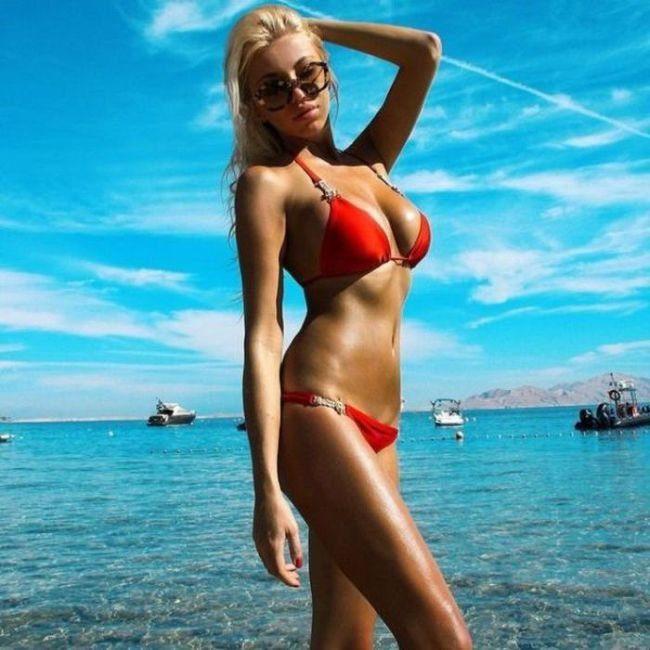Dziewczyny w bikini #24 23