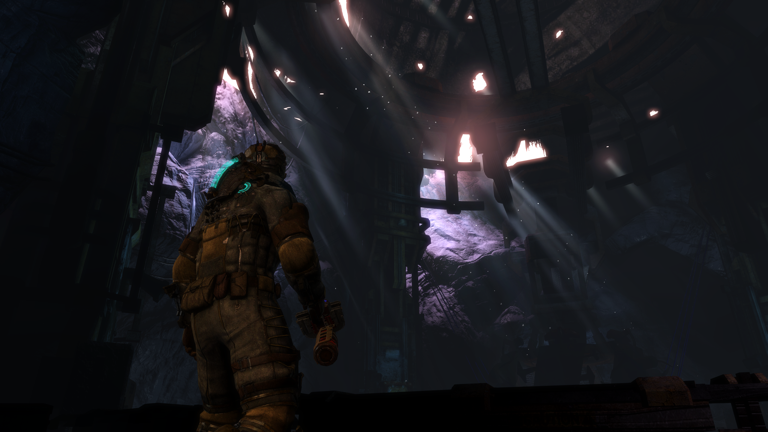 deadspace32013-09-042xasyq.png