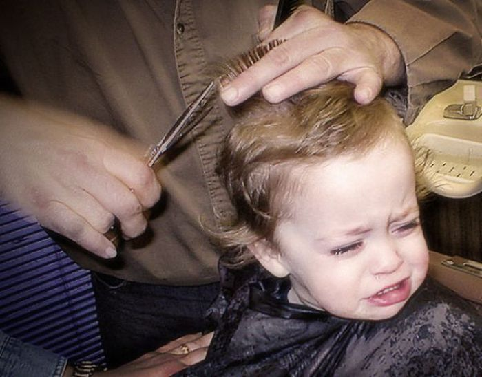 Dzieci u fryzjera 16