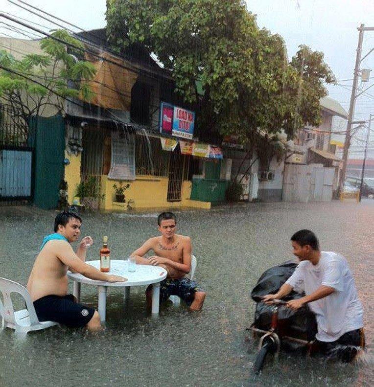 Powódź z dystansem 10