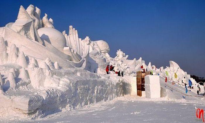 Rzeźby ze śniegu 30