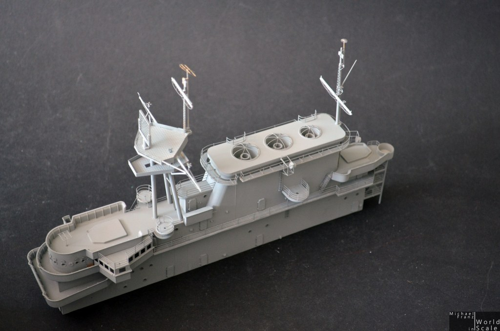 uss hornet  cv-8   200 by merit int   tetra model works