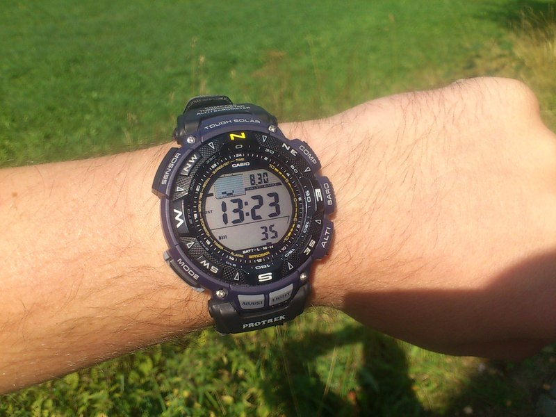 Suunto sports watches for athletes runners outdoor