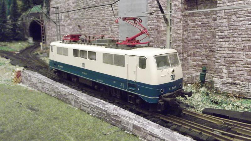 DB 111 ozeanblau/beige Dscf2070z8bdo