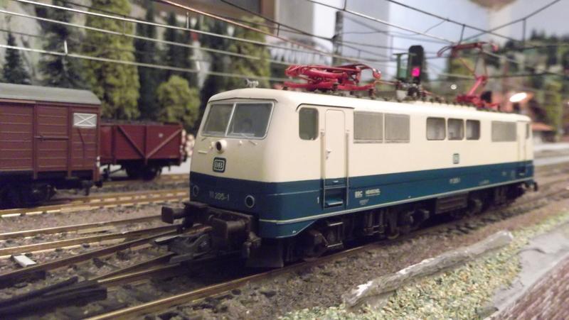 DB 111 ozeanblau/beige Dscf2074tjyvz
