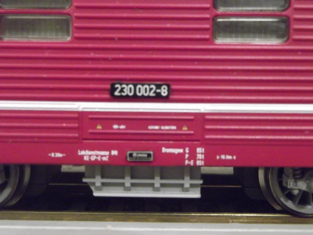 Die BR 230 der DR bzw. 180 der DB AG - auch Knödelpresse genannt Dscf2297may2f