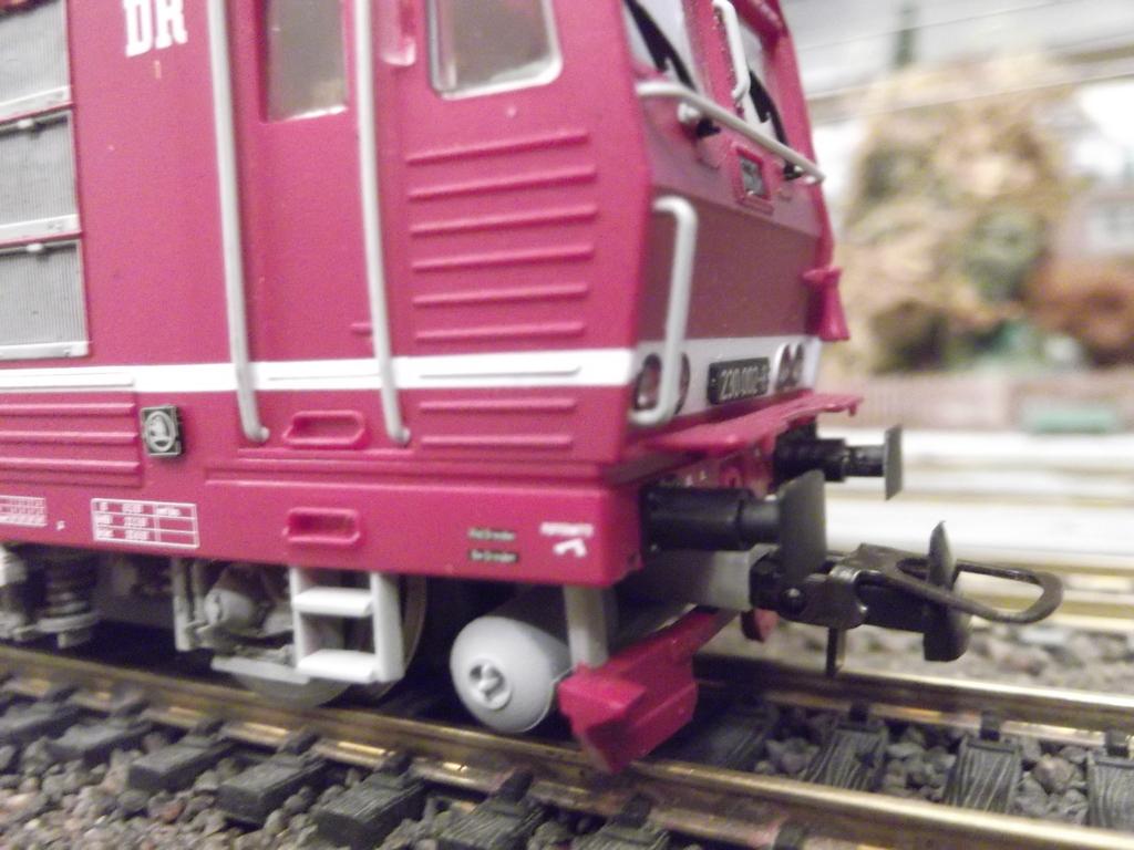 Die BR 230 der DR bzw. 180 der DB AG - auch Knödelpresse genannt Dscf23023wx5y