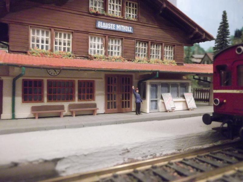 Links und rechts vom Bahnhof Dscf2363rxubo
