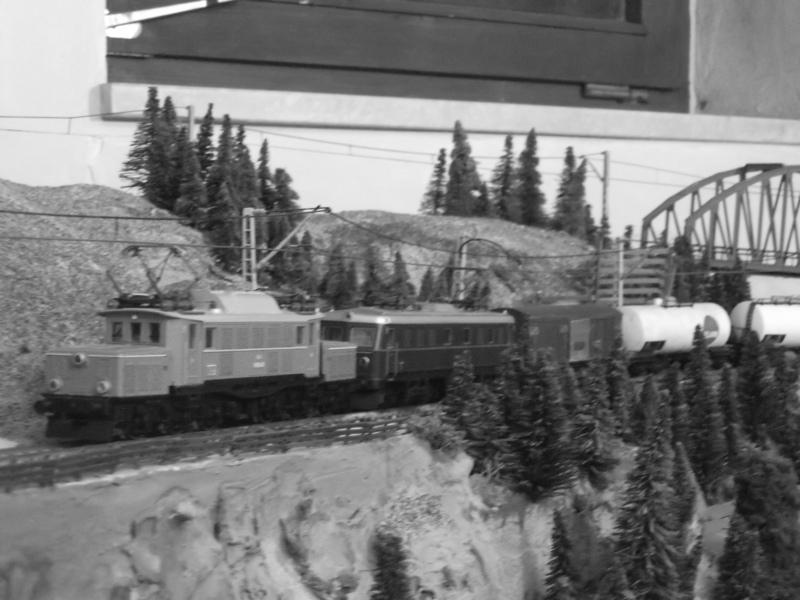 Go West - mit Kleinbahn in die 70er Jahre Dscf2381cpdxj