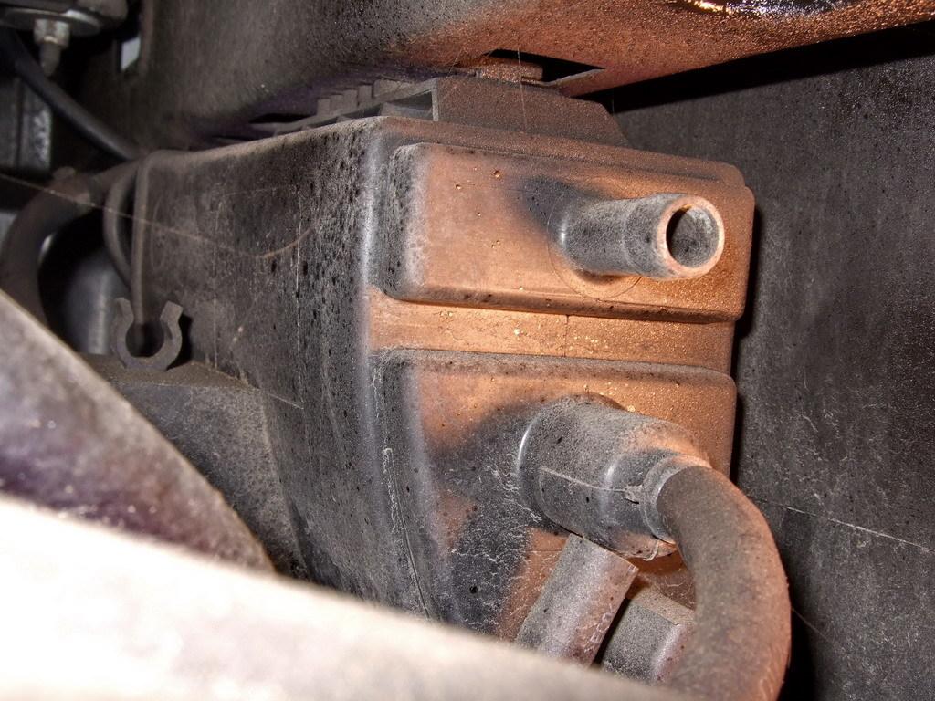 Es ist wieviel die Liter des Benzins 95 in 1 Tonne des Benzins