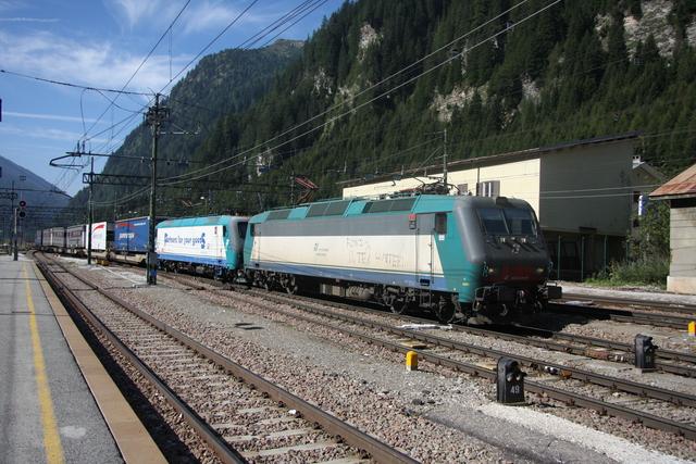 E 404 008 + 91 83 0 412 013-5  Brennero-Brenner