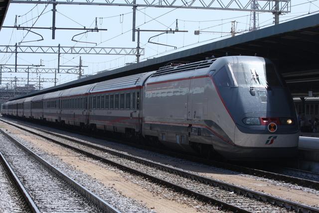 E414-124 Bari Centrale