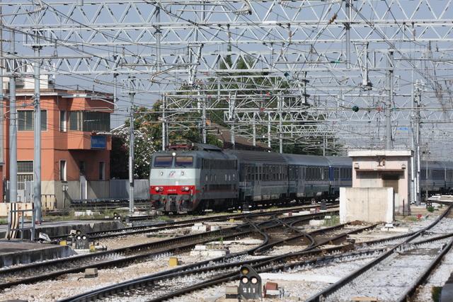 E444-100 Bari Centrale